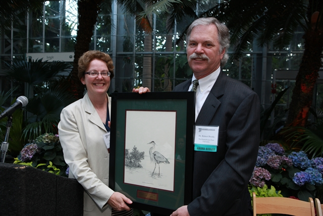 Dr. Robert Brooks with Nancy Stoner of the U.S. Environmental Protection Agency, who presented his award.