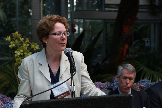 Nancy Stoner (U.S. Environmental Protection Agency) delivers remarks before presenting an award.